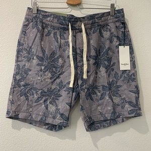Men's blue Hawaiian drawstring shorts